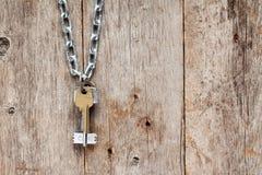 Ключи вися на цепи Стоковые Фото