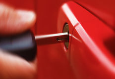 Ключ в красном автомобиле Стоковые Фото