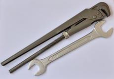 Ключ и ключ для труб Стоковые Фотографии RF