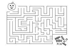 Лабиринт для детей Тыква и конфеты хеллоуина Стоковое фото RF