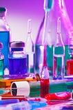 лаборатория оборудования стеклянная медицинская Стоковые Фотографии RF