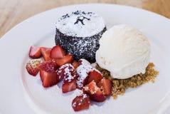 Лава шоколада с рецептом мороженого Стоковое фото RF