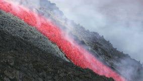 Лавовый поток вулкана Этна, Италии сток-видео