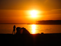 Лагерь на заходе солнца Стоковая Фотография RF