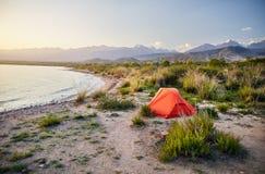 Лагерь на озере Issyk Kul стоковое изображение
