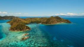 Лагуна вида с воздуха тропическая, море, пляж остров тропический Busuanga, Palawan, Филиппины Стоковое фото RF
