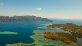 Лагуна вида с воздуха тропическая, море, пляж остров тропический Busuanga, Palawan, Филиппины Стоковые Фото