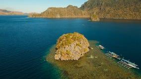 Лагуна вида с воздуха тропическая, море, пляж остров тропический Busuanga, Palawan, Филиппины Стоковые Фотографии RF