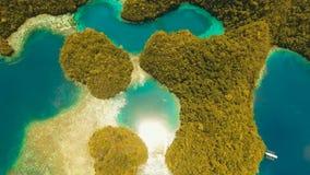 Лагуна вида с воздуха тропическая, море, пляж Остров Bucas большой, бухта Sohoton philippines видеоматериал