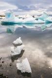 Лагуна ледника Jokulsarlon, Исландия Стоковое Изображение RF