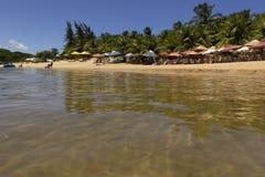 Лагуна Arituba - расположенная рядом с пляжем Tabatinga и превосходный вариант для плавать в более спокойных водах стоковое фото