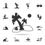 Ладонь с значком кокоса Детальный комплект значков праздников пляжа Наградной качественный графический дизайн Один из значков соб бесплатная иллюстрация