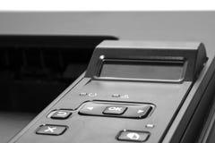 Лазерный принтер офиса изолированный на белой предпосылке с белой бумагой Стоковое Фото