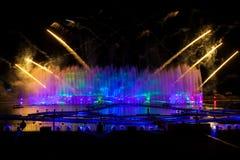 Лазер и фейерверки показывают в Москве, России стоковая фотография