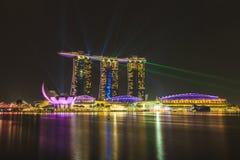 Лазер Сингапура песков залива Марины и освещение показывают Стоковые Фотографии RF