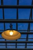 Лампа и металлические трубы Стоковые Изображения RF