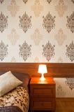 Лампа на прикроватном столике Стоковое Фото