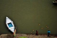 Лампа на реке Ganga Стоковая Фотография RF