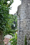 Лампа прикрепленная к стенам замка Стоковое Фото