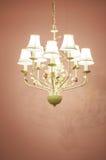 Лампа расчетного потолка винтажной люстры старая Стоковое фото RF