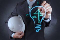 Лампочка и конструкция чертежа инженера Стоковое Изображение RF