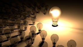 Лампочки помещенные вокруг накаляя электрической лампочки Большое lighbulb накаляет окружило малыми лампочками, которые мертвы и  иллюстрация штока