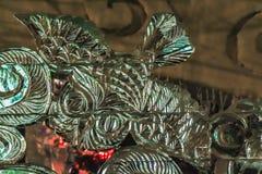 Лампу сыча льда декоративную multi покрашенную в форме птиц можно использовать на праздники Нового Года и рождества в зимнем отды стоковые фото