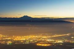 Ландшафт взгляда Pyatigorsk - курортного города ночи в северном Кавказе Россия стоковое изображение