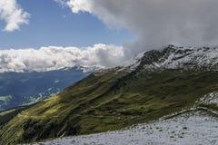 Ландшафт горных вершин гор Стоковая Фотография