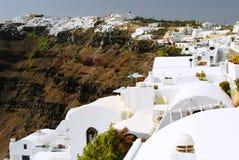 Ландшафт деревни Fira - горный вид, греческие Белые Дома стоковая фотография rf
