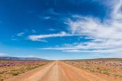 Ландшафт дороги в Karoo Tankwa стоковые изображения
