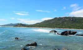 Ландшафт залива Nha Trang, Вьетнама стоковое изображение rf