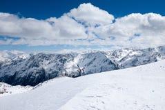 Ландшафт зимы высокогорной горной цепи Стоковая Фотография RF
