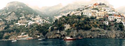 Ландшафт Италии - супер панорамный ландшафт деревни Positano стоковое изображение