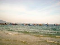 Ландшафт моря удить шлюпок фото Стоковое Изображение RF