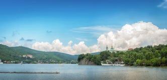 Ландшафт озера Abrau Россия 20-ое июля 2018 стоковые изображения