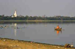 Ландшафт озера Taungthaman Мьянмы стоковое фото