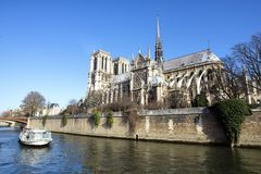 Ландшафт Парижа с Нотр-Дам Стоковое Изображение