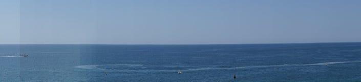 Ландшафт португалки - †моря и утесов «юг Португалии Стоковые Изображения