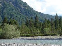 Ландшафт рекой Изаром около Fleck долины, Баварии стоковое фото