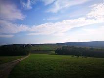 Ландшафт сельской местности Художнический взгляд в цветах стоковые фотографии rf