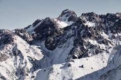 Ландшафт снежных гор стоковая фотография rf
