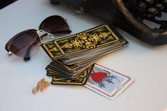 Ландшафт стекел карточек Tarot стоковое фото rf