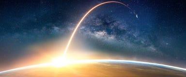 Ландшафт с галактикой млечного пути Взгляд восхода солнца и земли от курорта Стоковая Фотография RF