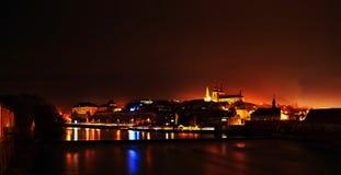 Ландшафт Nighty с историческими городом Kadan и рекой Ohre Стоковые Изображения