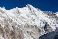 Ландшафт верхней части горы Cho Oyu на ясный день Стоковая Фотография