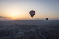 Ландшафт воздушного шара Турции горячий Стоковые Изображения