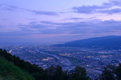 Ландшафт в сумерк на зоне Seisho, Kanagawa, Японии Стоковые Фото