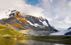 Ландшафт горной цепи, скалистые горы, Канада стоковые фото