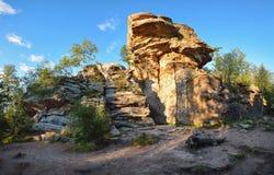 Ландшафт города природы каменный - горная порода в центральной России, Ural Стоковая Фотография RF